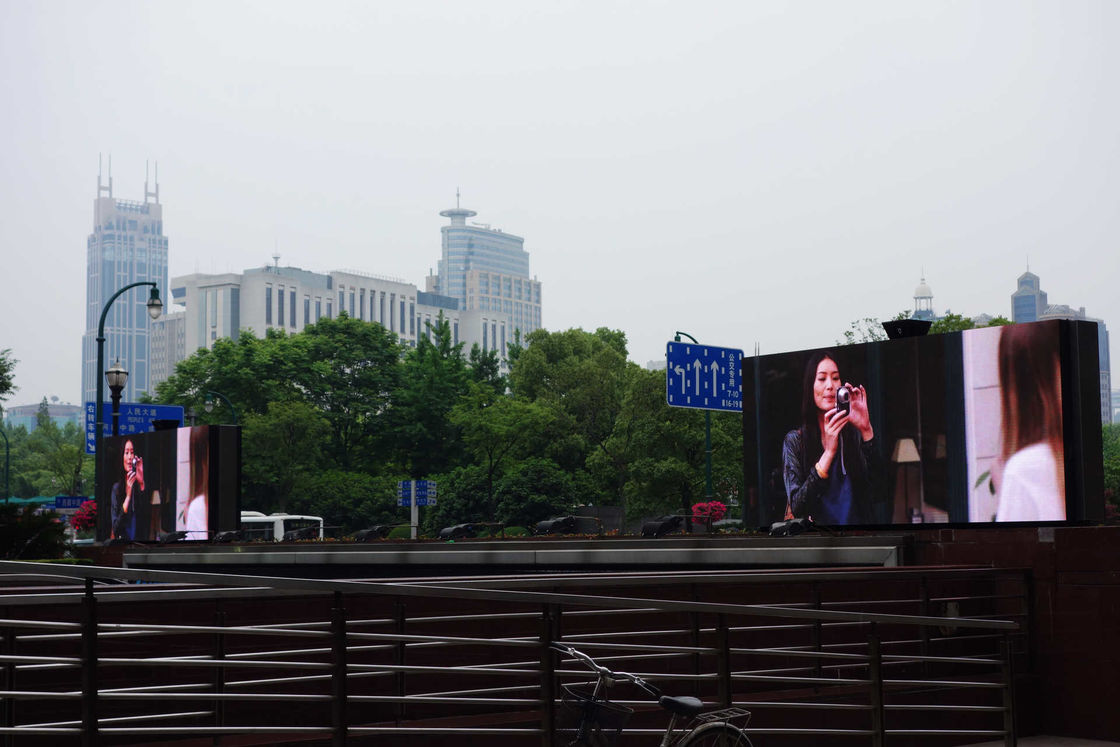 P6.67mm Video LED Display Advertising with 640x640mm Panel Cabinet